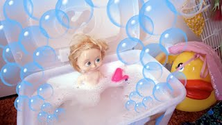 Maša (ne)voli da se kupa