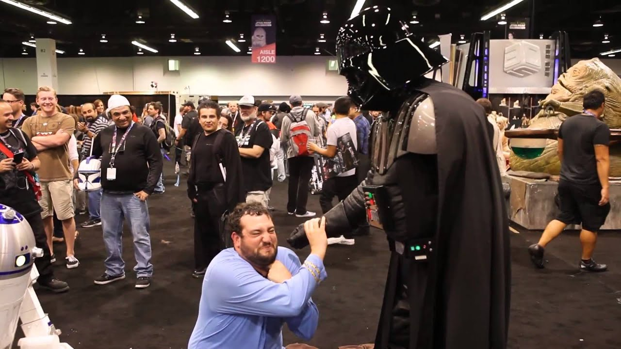 Camera Cachee Star Wars : Trolling at star wars celebration youtube