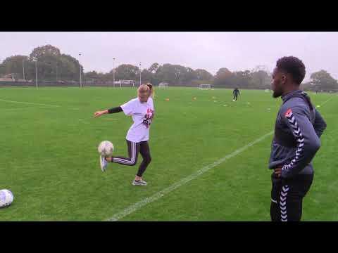 Freestyler Aguska Mnich meets Tariqe Fosu and Mark Marshall