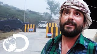 Levison Wood Gets Stuck In Yemen After All Borders Close Undexpectedly   Arabia With Levison Wood