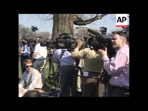 USA: SINN FEIN LEADER GERRY ADAMS AT CAPITOL HILL LUNCHEON