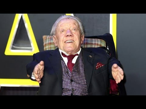 Kenny Baker, man who played R2-D2, dead at 81