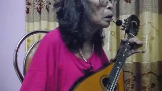 Nghẹ sĩ với cây đàn -Nhạc Armenya. -Hát với mandolin Việt Dung