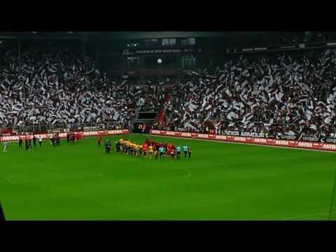 St Pauli entering the field (hell bells) 13-08-2016