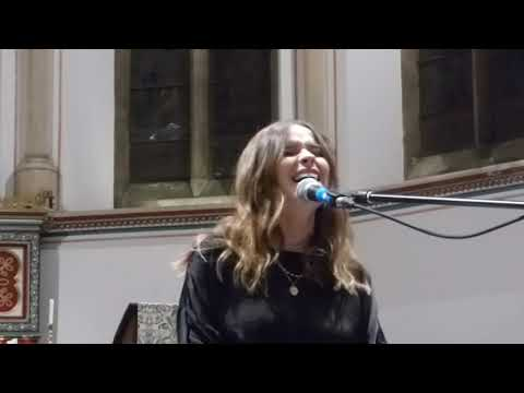 Download Gabrielle Aplin - Dear Happy Acoustic HD - St John's Church, Kingston - 20.01.20 Mp4 baru