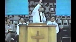 Rev. Luis M Ortiz La Fe De L Mujer Cananea.wmv