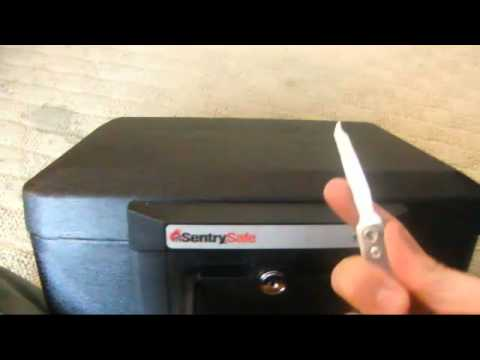 Lock Pick Key >> How to pick the lock on a sentry safe - YouTube