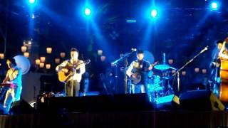 Mumford & Sons-- Lover's Eyes (Live at Cosmo Vegas)