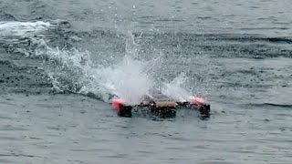 FASTEST RC RACING BOAT 160 KMH SPEEDBOAT POWERBOAT OUTRIGGER MODELSHIP / Meeting Edderitz 2015