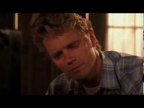 Smallville 3x06 - Clark has another flashback of Joe ...