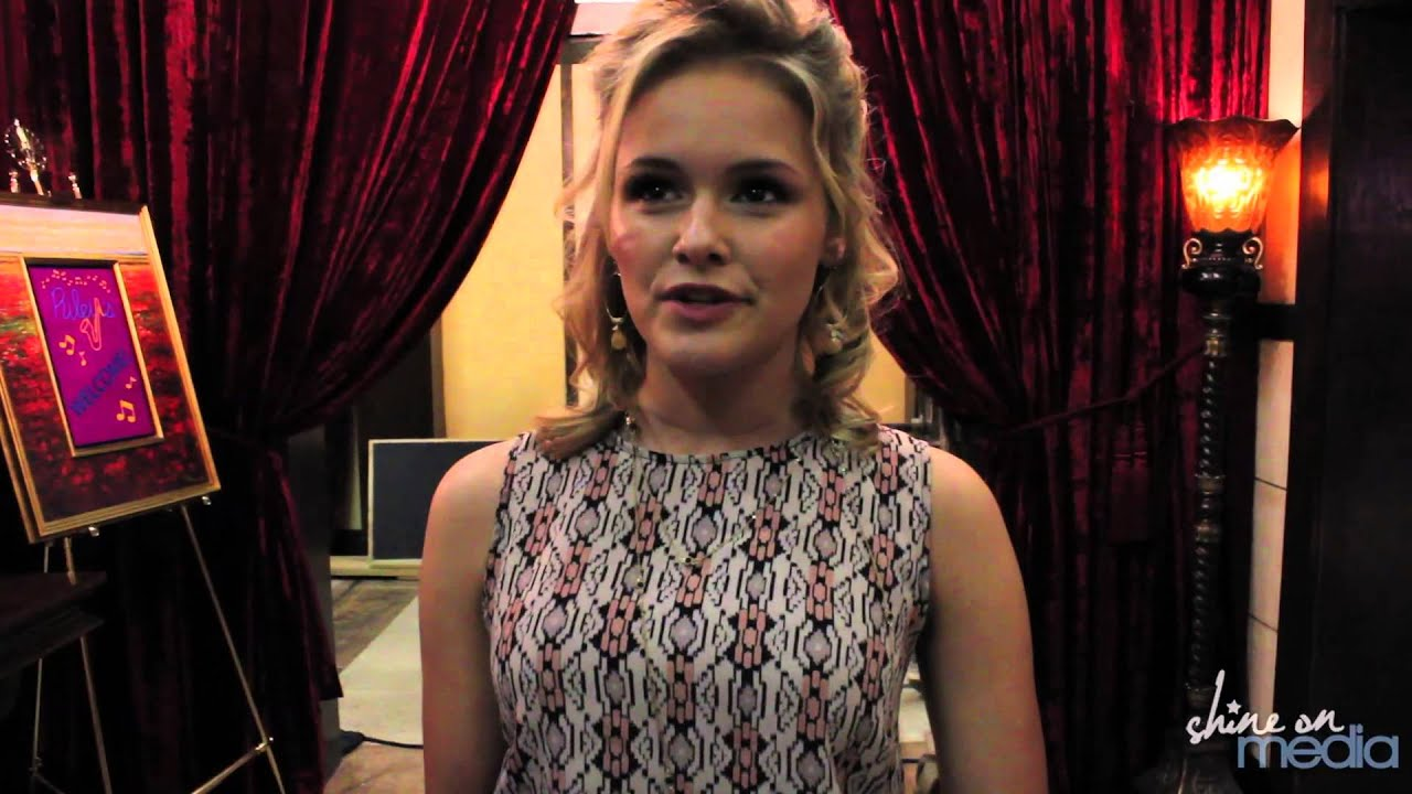 "Cassi Thomson Interview - ""Switched at Birth"" Season 2 ... Cassi Thomson"
