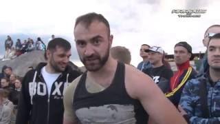 Boxer vs MMA fighter in Street Fight