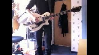 Скачать The Black Keys Howlin For You Guitar Cover With 1960 S Supro Dual Tone Resoglass