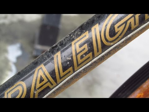 ENGLAND'S not-quite-FINEST: a RALEIGH GRAND PRIX ROAD BIKE!