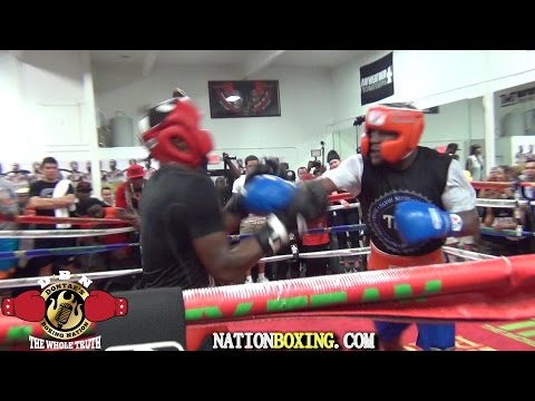 (BEST VIDEO QUALITY) FLOYD MAYWEATHER SPARS UNDEFEATED PROSPECT DON MOORE
