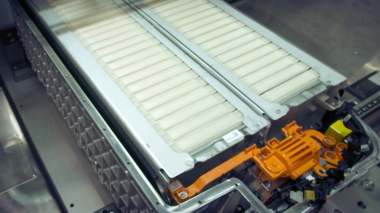 What Is The Cost To Replace A Car Battery