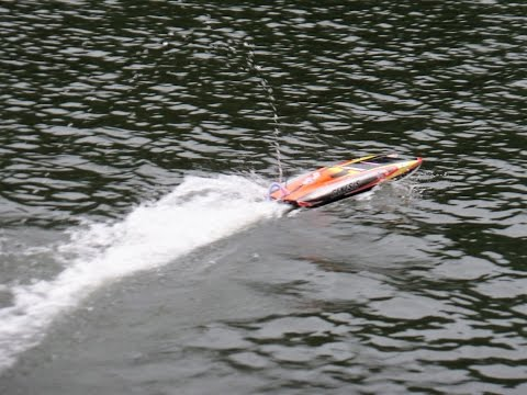 RC electric boats in Manila 15th October 2016