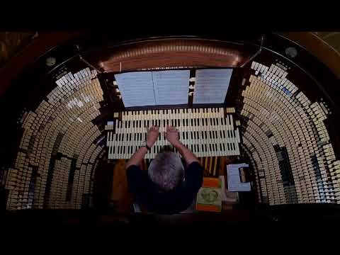 Organist Scott Breiner plays patriotic music on the largest pipe organ in the world!