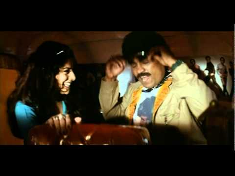Johny lever & his girl friend comedy in auto -  Aaghaaz