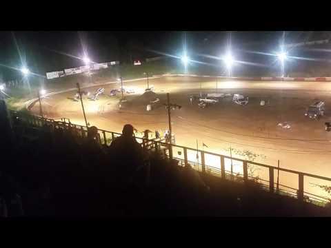 410 sprints at Beckley Motorsports Park