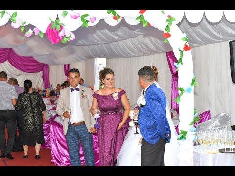 11 Primirea invitatilor la nunta