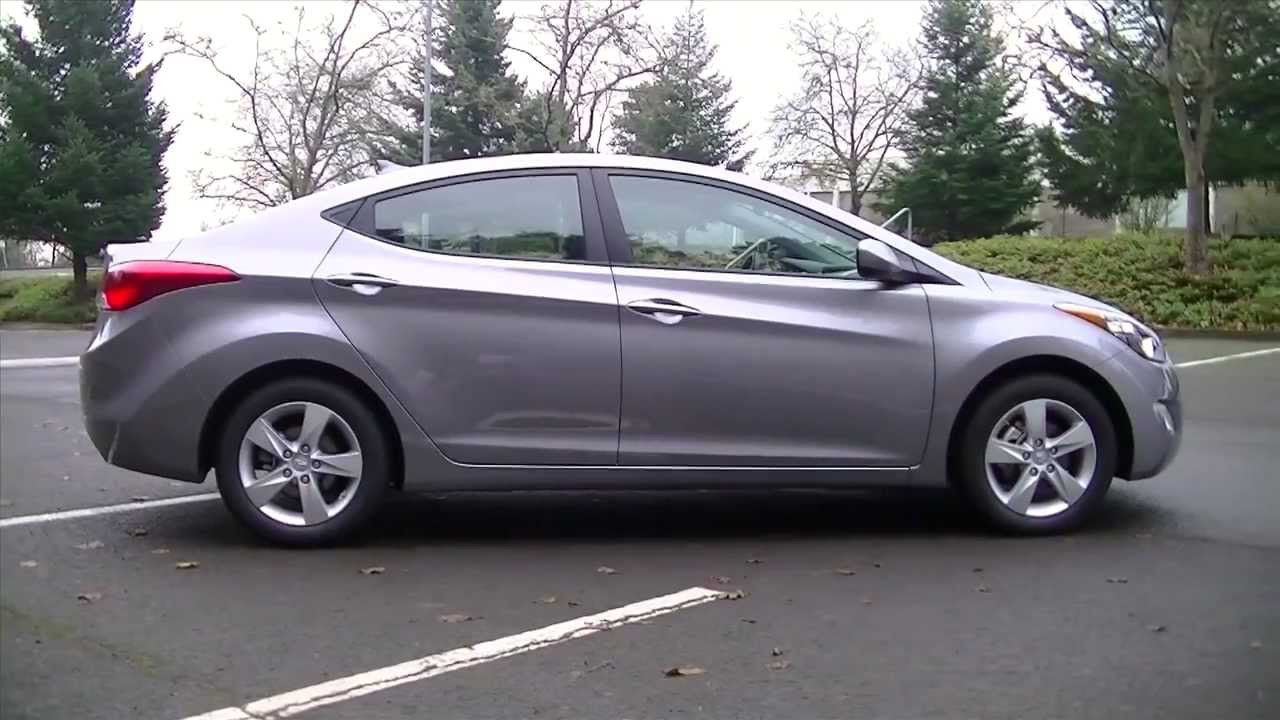 Charming 2012 Hyundai Elantra Review