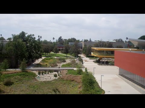 Los Angeles Valley College vlog, Part 2 (8/15/17)