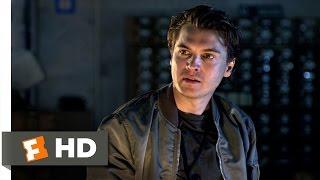 The Darkest Hour 4 10 Movie Clip Shark Week 2011 Full Movie Online ...