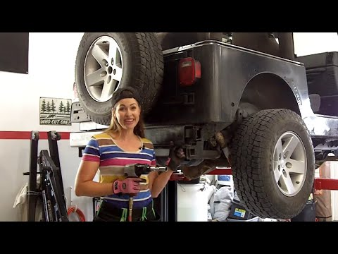 Episode 3 - Sugar High Jeep Build for SEMA and Rebelle Rally - Fenders, Bumpers, Fan Resistor Fix
