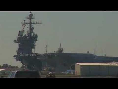 Historical ship sails for the last time - John F.Kennedy CV-67