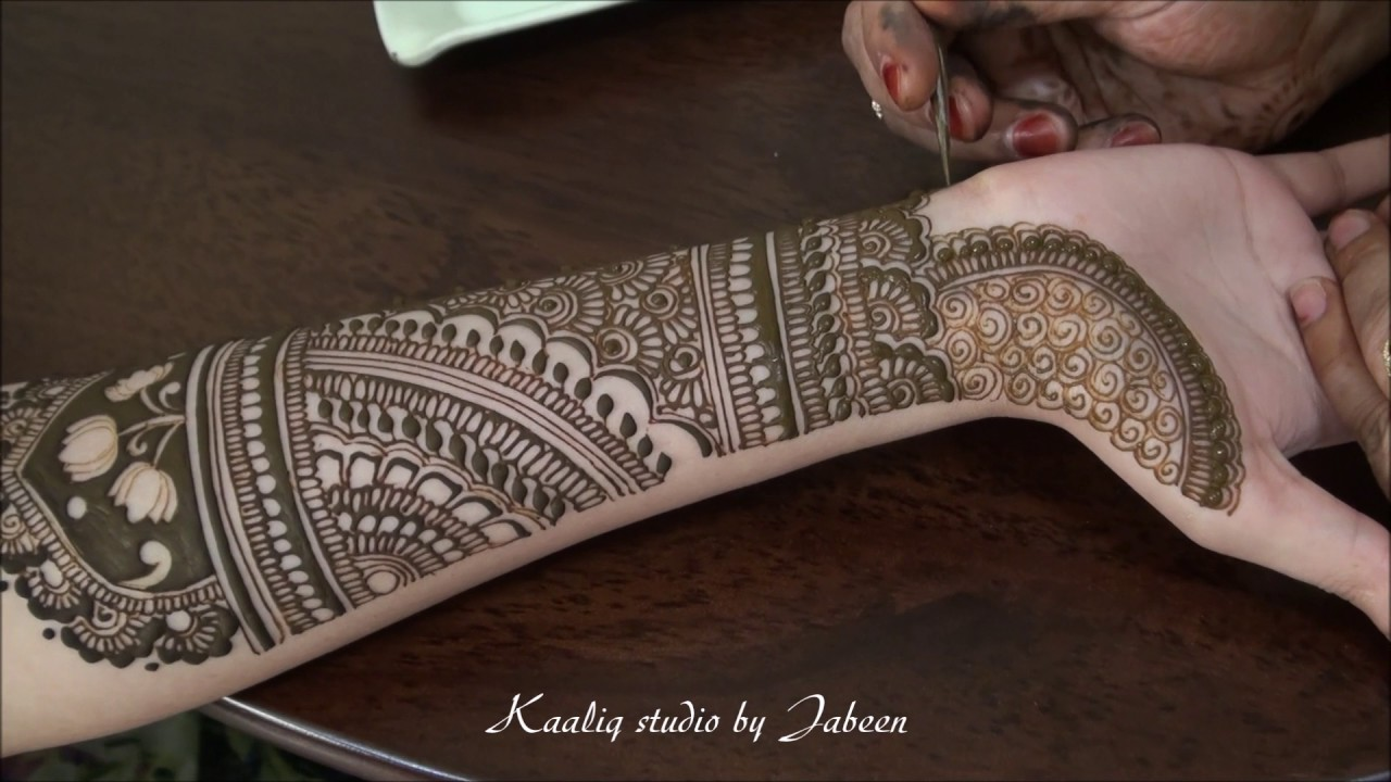 Bridal Mehndi In Jalandhar : Beautiful indian design bridal henna with reverse negative motifs