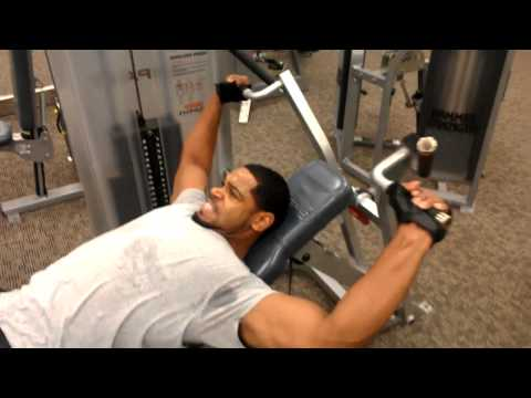 Robert Bush going hard in the weight room
