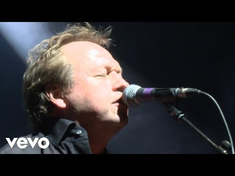 Level 42 - Hot Water (30th Anniversary World Tour 22.10.2010)