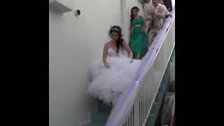 Невесту уводят из дома / Традиционная армянская свадьба в Ереване 2018 / Армянские традиции