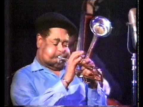 Dizzy Gillespie, Milt Jackson, Walter Davis Jr – 52nd St Theme (T.Monk)