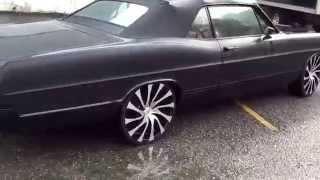 1967 ford galaxie 500 xl on 22 inch Starr wheels. 390 v8 big block