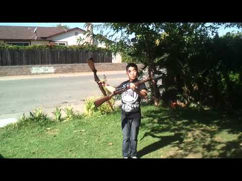 armed Fong rifle juggle