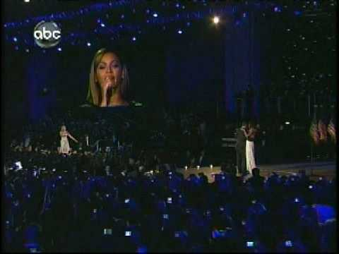 """Beyonce Sings """"At Last"""" for President Obama and First Lady's Dance"""