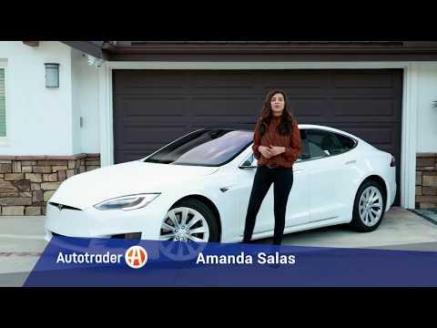 2016 Tesla Model S 60 | 5 Reasons to Buy | Autotrader