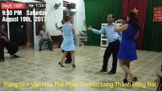 """Khiêu vũ Rumba với nhạc hoà tấu """"Đắp Mộ Cuộc Tình"""". Trung tâm Văn Hóa Thể Thao Thị trấn Long Thành."""