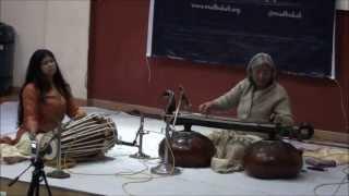 Gunkali on Vichitra Veena; Dr Ragini Trivedi with Chitrangana on Pakhawaj