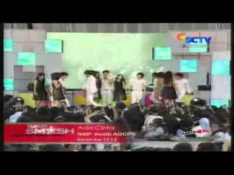 SMASH - Ada Cinta @ Konser SM_SH Launching 1st Album 26-06-2011 [www.keepvid.com].flv