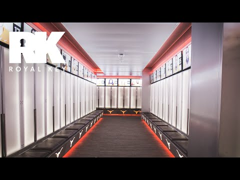 We Toured The TEXAS LONGHORNS' FOOTBALL Facility | Royal Key | Coiski