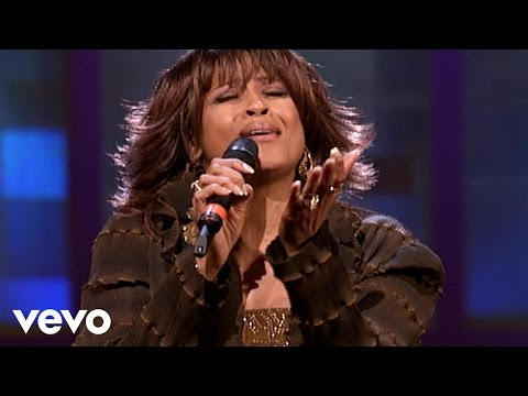Dorinda Clark-Cole - 'Tis so Sweet [Live]