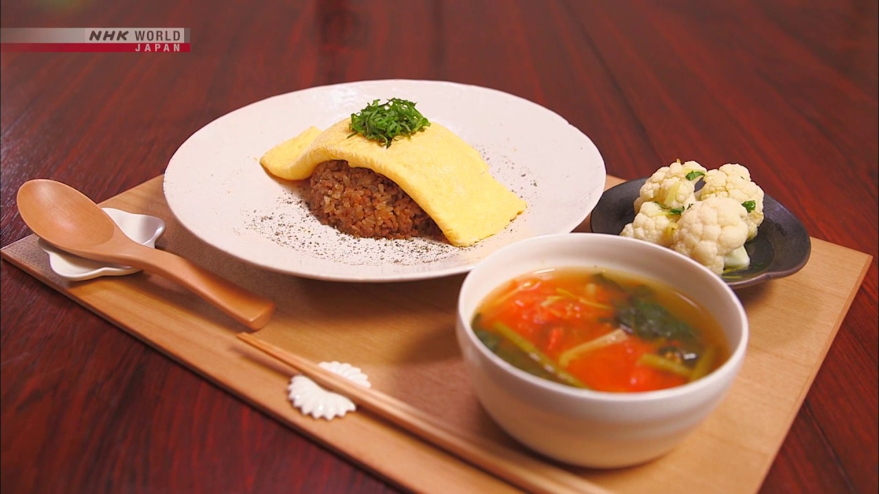Photo of Chef Rika's Dry Curry Rice with Omelet [Japanese Cooking] – Dining with the Chef – video