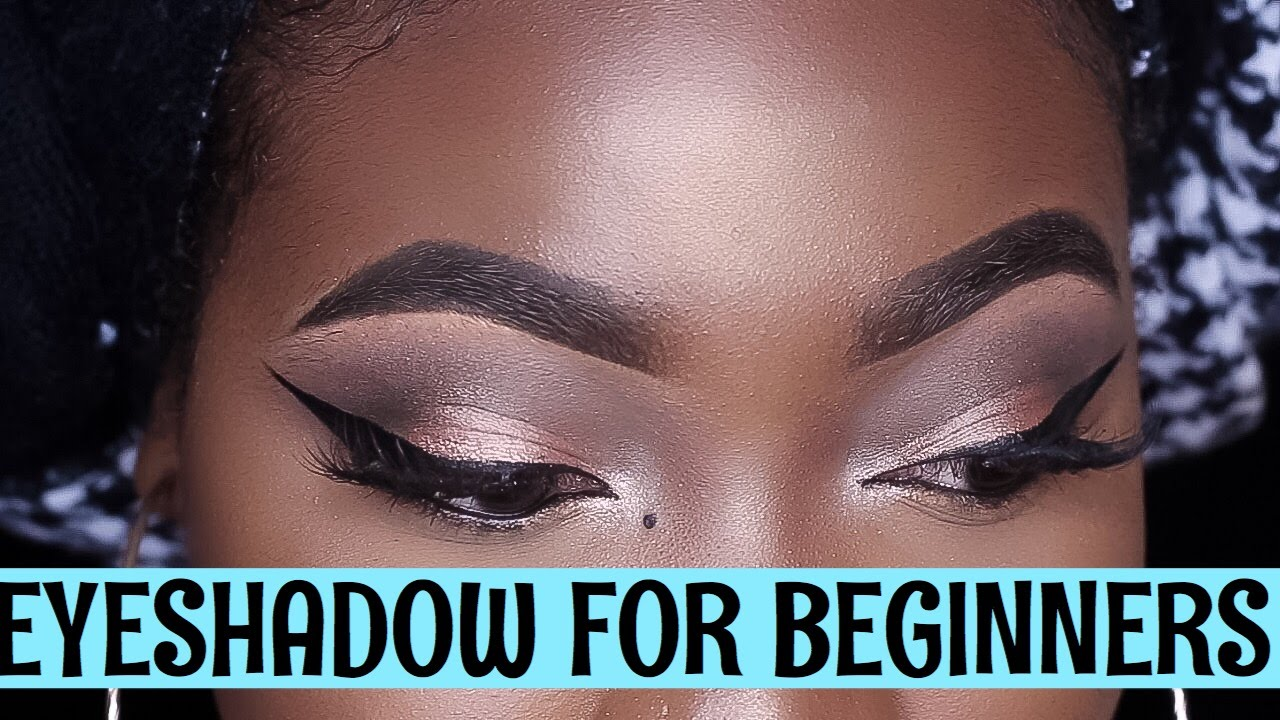 learn how to put on eyeshadow