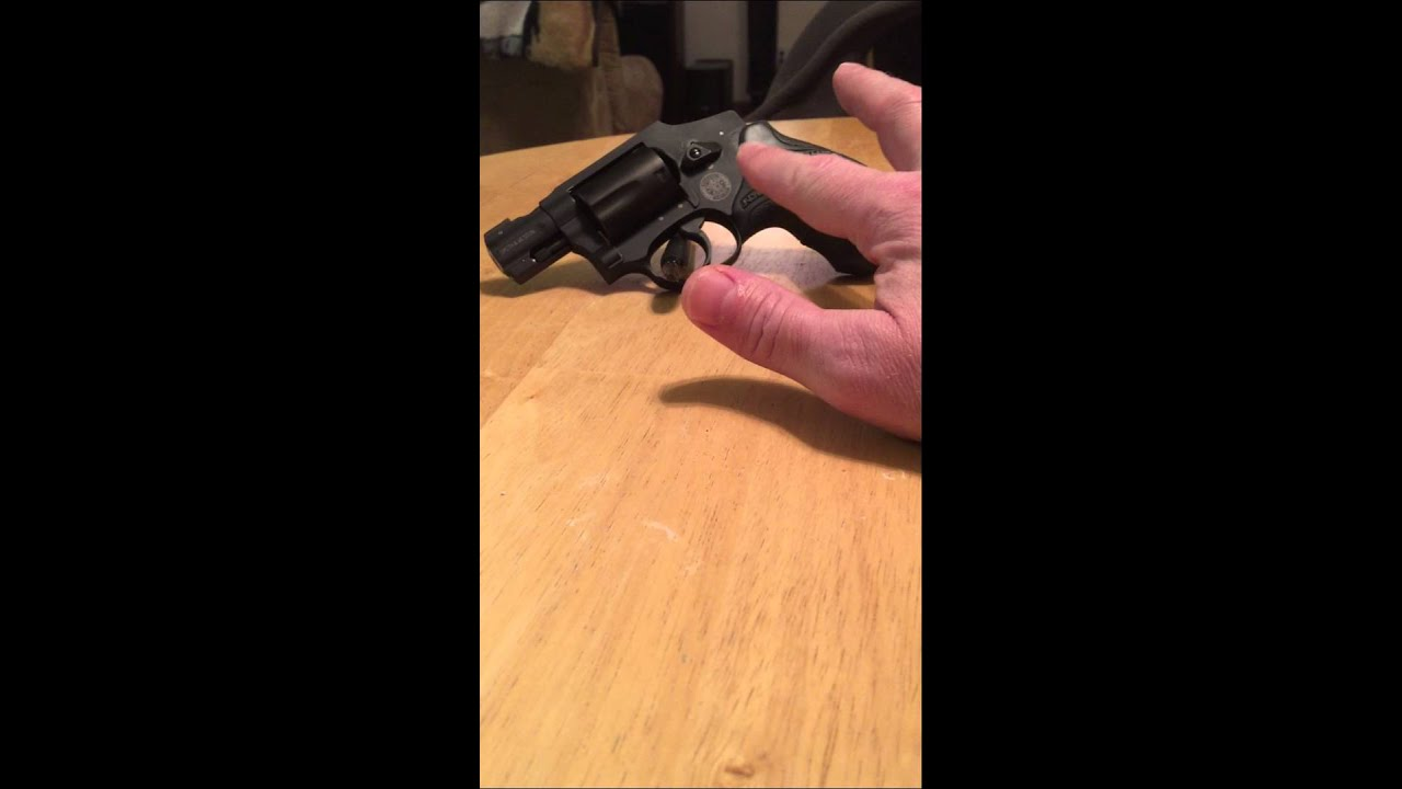Pachmayr Diamond Pro Grip For S Amp W J Frame Revolvers Youtube