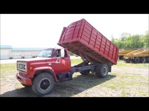1982 Chevrolet Kodiak dump truck for sale | no-reserve Internet auction  June 7, 2017