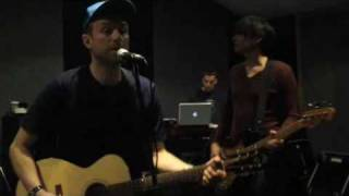 EXCLUSIVE! Blur rehearse Out Of Time for their 2009 tour (Official Video)
