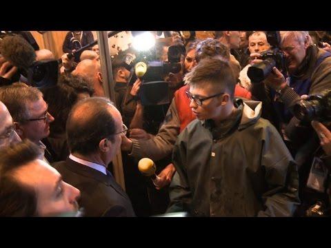 Hollande hu et insult au salon de l 39 agriculture youtube for Hollande salon agriculture